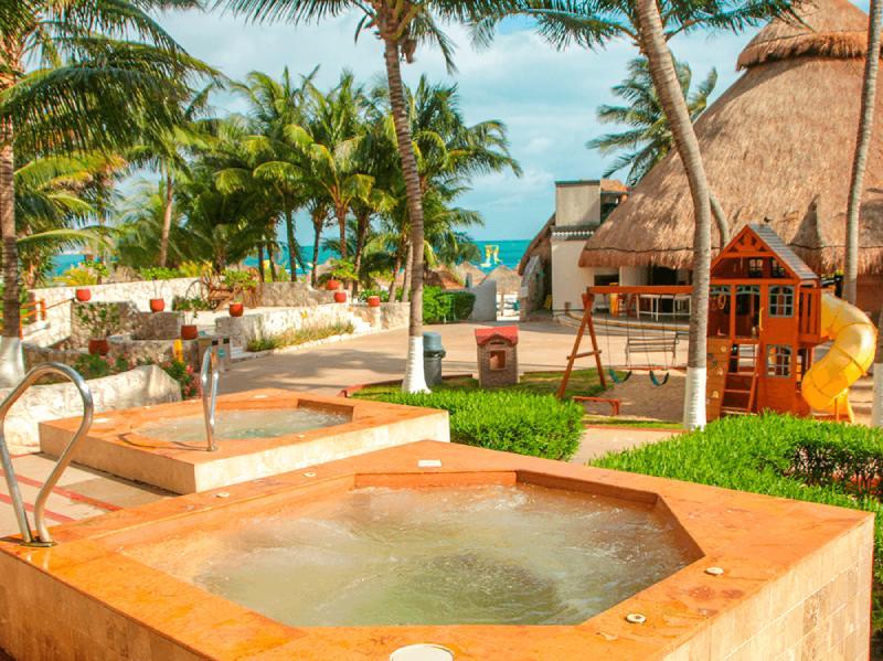alberca en hotel en hotel casa maya cancun
