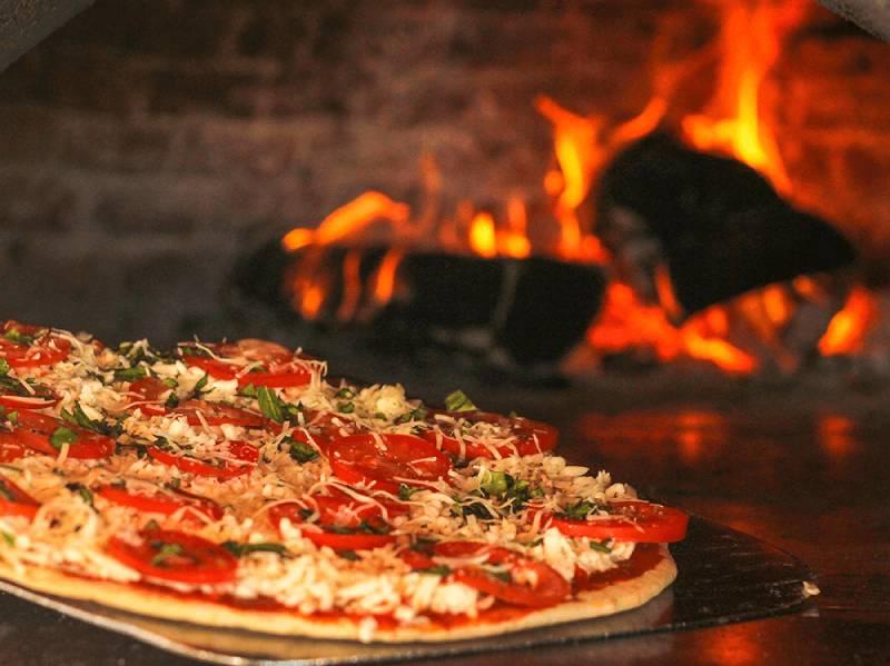 pizza restaurant in cancun