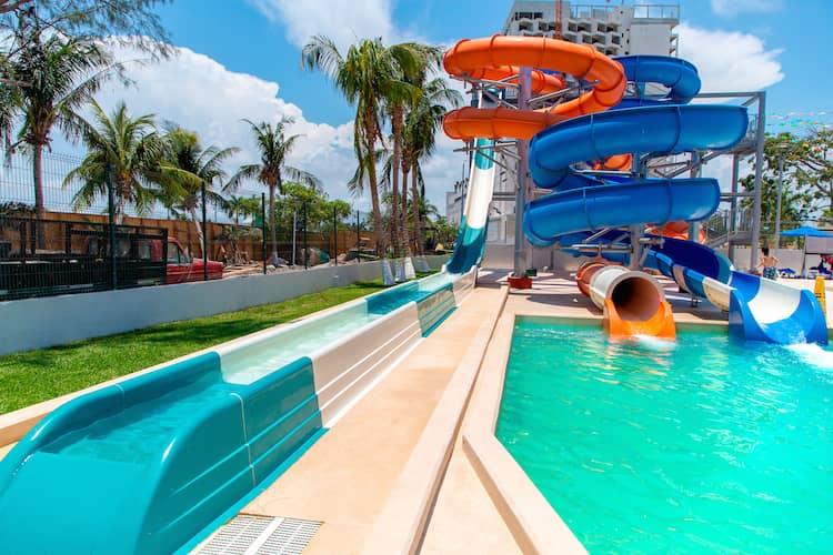 pools-hotel-casa-cancun-waterpark-2