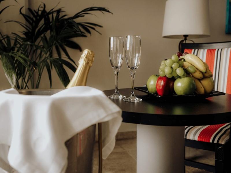 amenities in hotel in cancun casa maya